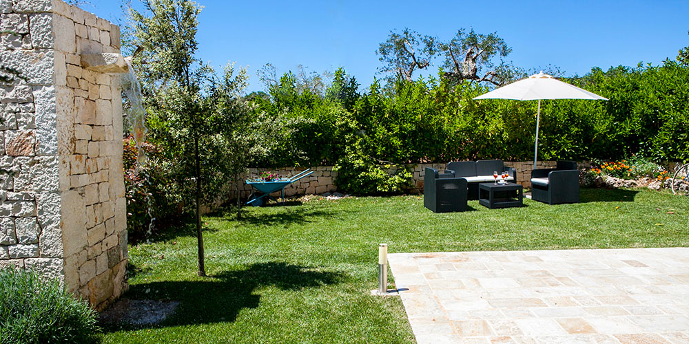 Trullo Mitico Cisternino holiday villa rental